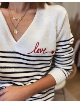 "Pull marinière ""love"" rouge brodé col V"