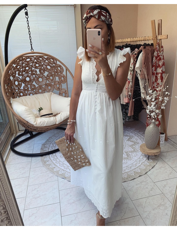 Robe longue broderie anglaise